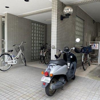 駐輪スペースもありました