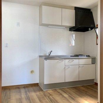 【DK】清潔感のあるキッチンが迎えてくれます