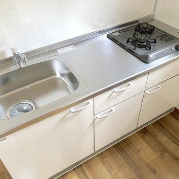 【DK】調理スペースも広々なシステムキッチンです