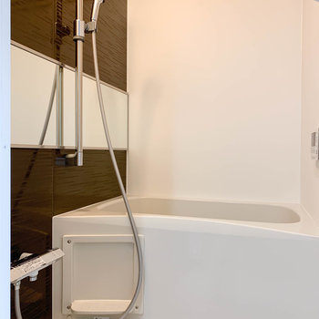 浴室乾燥付きのお風呂。