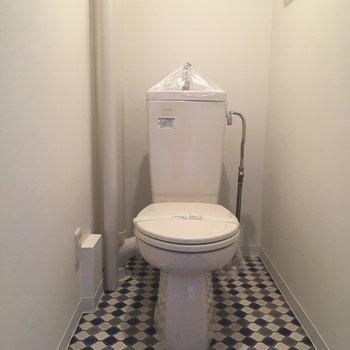 トイレの床のタイルがかわいい