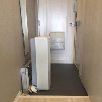 すっきりとした玄関 ※玄関に置いてあるものは撤去されます
