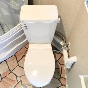 カバーをつけて快適なトイレに。