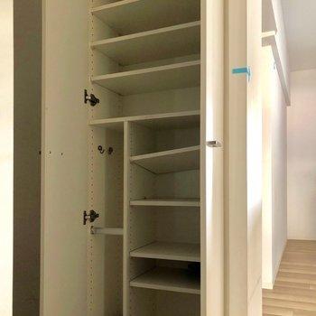 たくさん靴を収納できそう◎※写真は3階の同間取り別部屋のものです