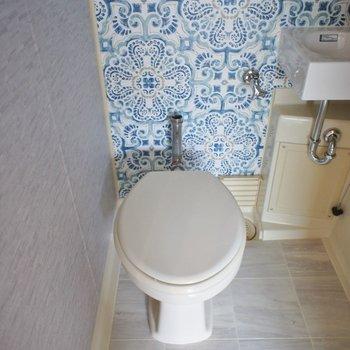 トイレは工事途中、、、。