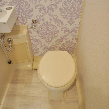 トイレは工事中。