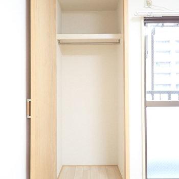 収納は奥行きと高さがあります※写真と文章は3階同間取り別部屋のものです。細部は異なることがあります。