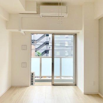 背の低い家具がよく合いそうです ※写真は2階の同間取り別部屋のものです