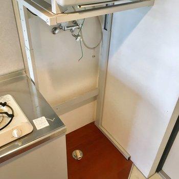 乾燥機付きなので雨に濡れても安心ですね。※写真は4階の同間取り別部屋のものです