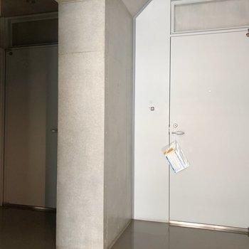 共用部です。5階には2部屋。