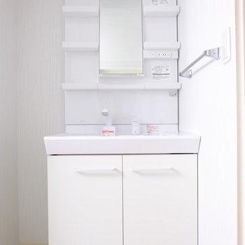 結構ゴチャつく洗面台。収納しやすいタイプが嬉しい