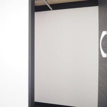 クローゼットで収納たっぷりと!※写真は3階の同間取り別部屋のものです