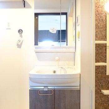 お部屋の雰囲気にあった洗面台