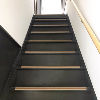 さて、二階に上がってみましょう。