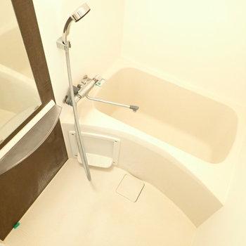 浴室乾燥機つき!(※写真は11階の同間取り別部屋のものです)