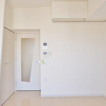 バルコニー側からパシャ。※写真は1006号室のものです。