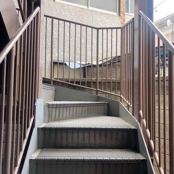 4階まで階段なのでちょっと大変かも