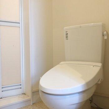 トイレも脱衣所と一緒です