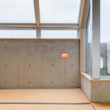 【和室】天窓のある、トリッキーな和室の登場。