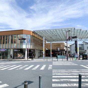 綺麗な印象の朝霞駅。