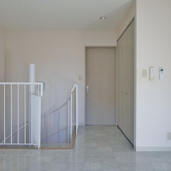 2階の洋室スペース※写真は同タイプの別部屋
