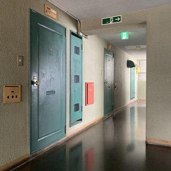 共有部】緑の扉がポイントなのです!