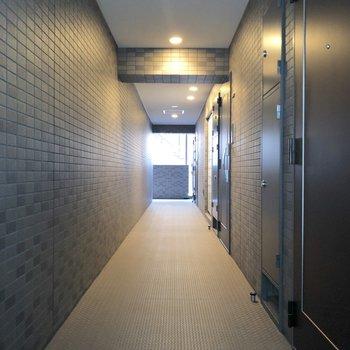 2Fの廊下がこちら。※写真は前回募集時のものです