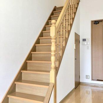 階段を登ってロフトへ。