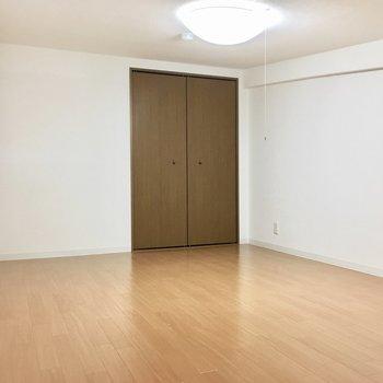 寝室にしますか?収納部屋にしますか?