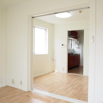 洋室①】3部屋全てに窓が付いています!