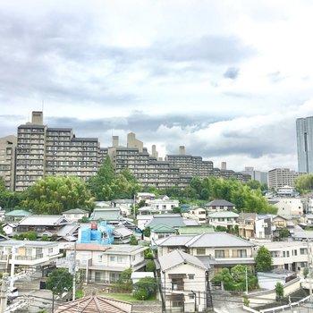 桃山台の街並みと緑!