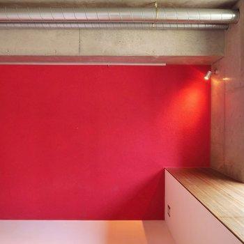 主役級アクセント!※写真は2階同間取り・別部屋のものです。