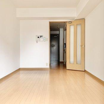 家具の配置がしやすそうな間取り。(※写真は7階の同間取り別部屋のものです)