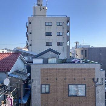 こちらは横の窓からの景色