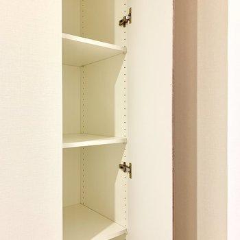 廊下にも収納。小物を整理しましょう。※写真は16階の同間取り別部屋のものです