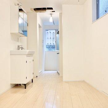 minimal urbanism