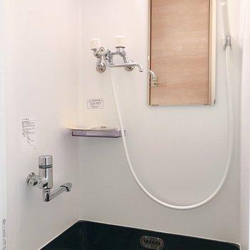 ボックスシャワーです。乾燥機付き。※写真は前回募集時のものです