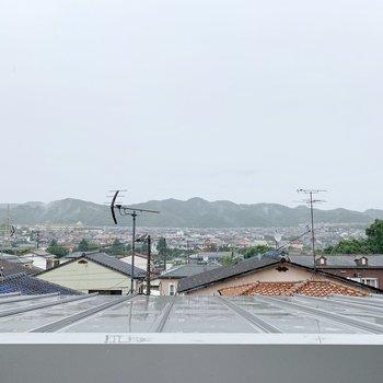 屋上からの眺望、開けてます◎