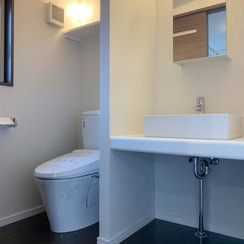 洗面台とトイレは3階に。