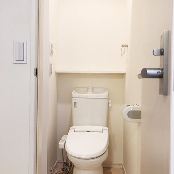 脱衣所とトイレは一緒です。※写真は前回募集時のものです