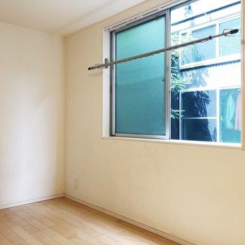 室内干しもできますよ。※写真は前回募集時のものです