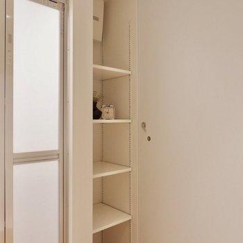 その代わりに収納もしっかりとあります。※家具・雑貨はサンプルです
