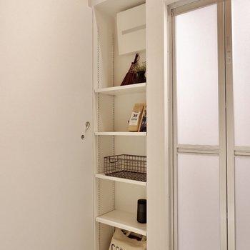 収納スペースも確保されているので安心です。※家具・雑貨はサンプルです