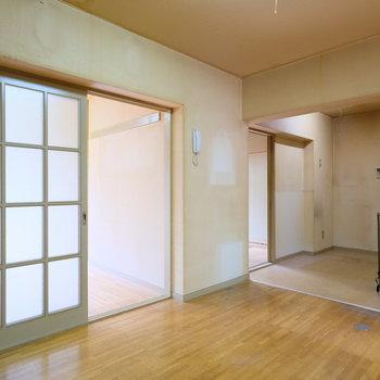 【工事前】扉を取っ払い、L時のリビング・ダイニングになります!