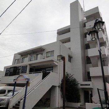 湘南台徒歩2分!大きなマンションです。