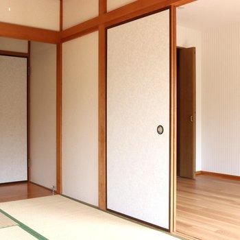 【和室】白い襖で畳が映えます