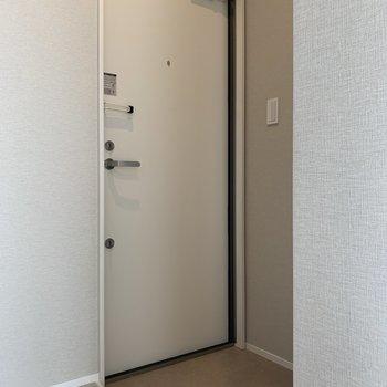 フラットな玄関