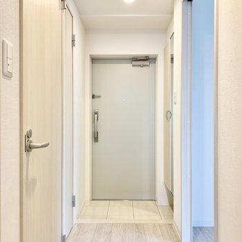 玄関スペースはゆとりがあります。