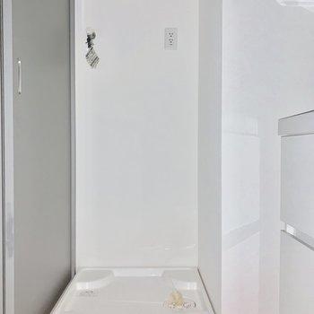 洗濯機置き場は脱衣所に