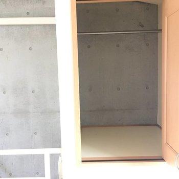 3階は収納もあります!※写真と文章は2階の反転間取り別部屋のものです